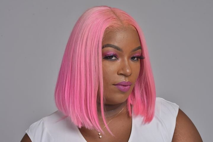 "Nikia Londy Brings Brains and Beauty to ""The Drybar of Hair Extensions"""